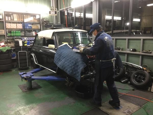 M's COLLECTION!!茨城MINI専門店!!エンジンオーバーホール、スタッドレスタイヤ&ホイール
