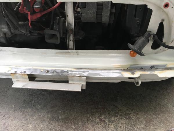 茨城ミニ専門店エムズコレクションサビ取り板金塗装、タイヤ交換、幌修理