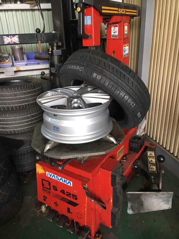 MINI専門店エムズコレクションタイヤ、ホイール、車検整備、ラジエター交換、板金塗装修理