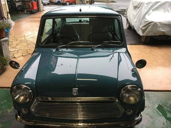 ミニ専門店エムズコレクション、全塗装完了、用品取付、車検整備預り、ヘッドライト修理、タイヤ交換、エンジン修理進捗