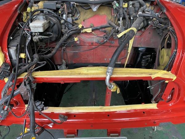 BMWミニ・ローバーミニ 専門店エムズコレクション、ミニレッカー搬送、板金塗装、オイル交換
