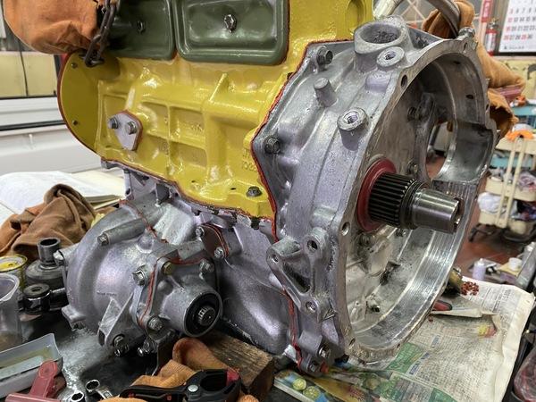 ミニ専門店エムズコレクション1000キャブMINIエンジン、ミッションオーバーホール、ミニ全塗装