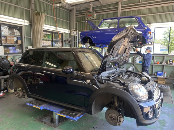 MINI専門店エムズコレクションミニクーパー車検修理、モーリスマイナー修理、バンプラ、燃料ダンク廻り点検修理